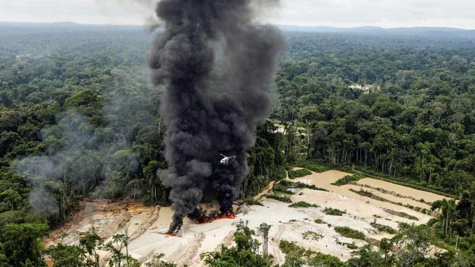 Desmatamento no Brasil cresce 67% até julho, enquanto governo ataca dados