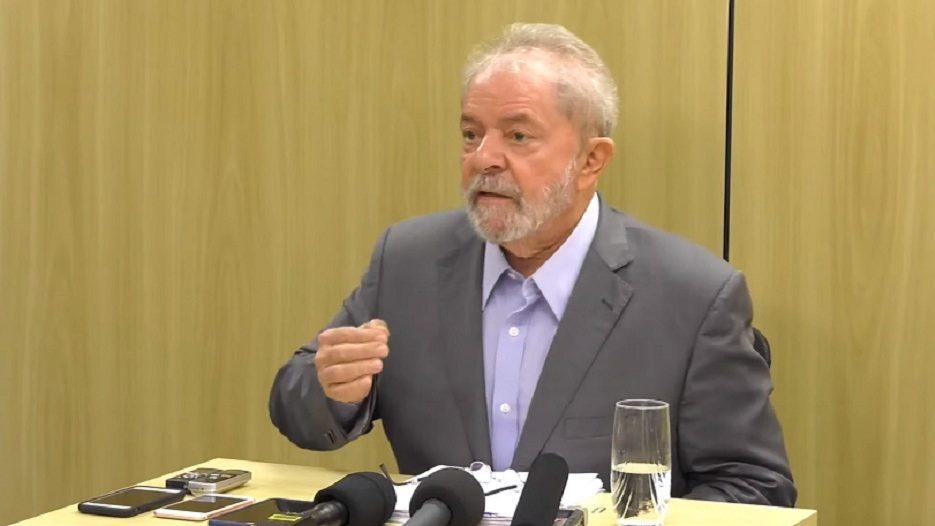 STF suspende transferência Lula para Tremembé até julgamento de habeas
